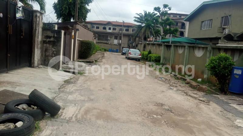 4 bedroom Terraced Duplex House for rent Ibadan close Opebi Ikeja Lagos - 2