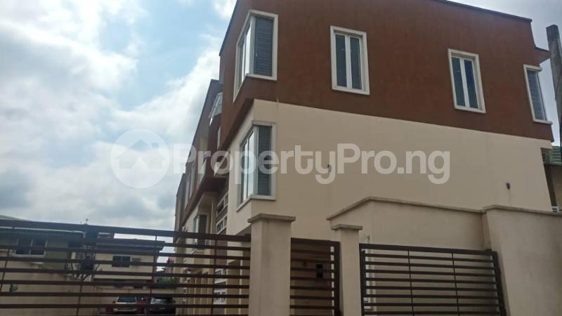 4 bedroom Terraced Duplex House for rent Ibadan close Opebi Ikeja Lagos - 3