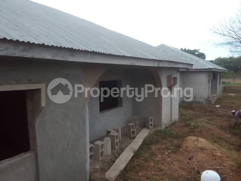3 bedroom Mini flat Flat / Apartment for sale Behind Lautech And Nurudeen Grammar School Ogbomosho Oyo - 3