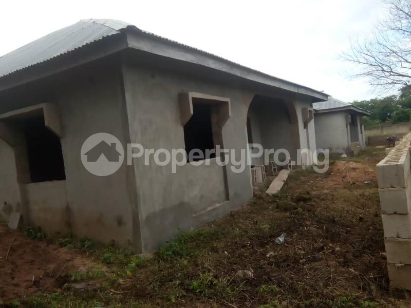 3 bedroom Mini flat Flat / Apartment for sale Behind Lautech And Nurudeen Grammar School Ogbomosho Oyo - 1
