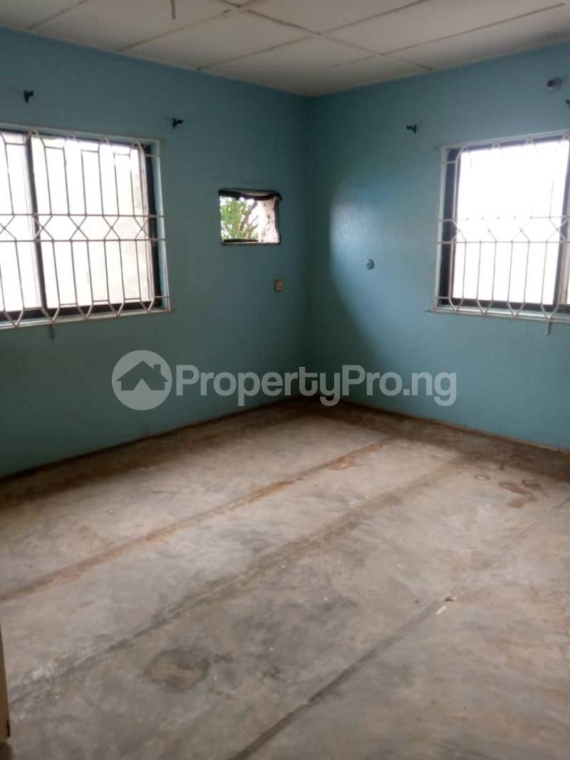3 bedroom Flat / Apartment for rent Atunrase Medina Gbagada Lagos - 16