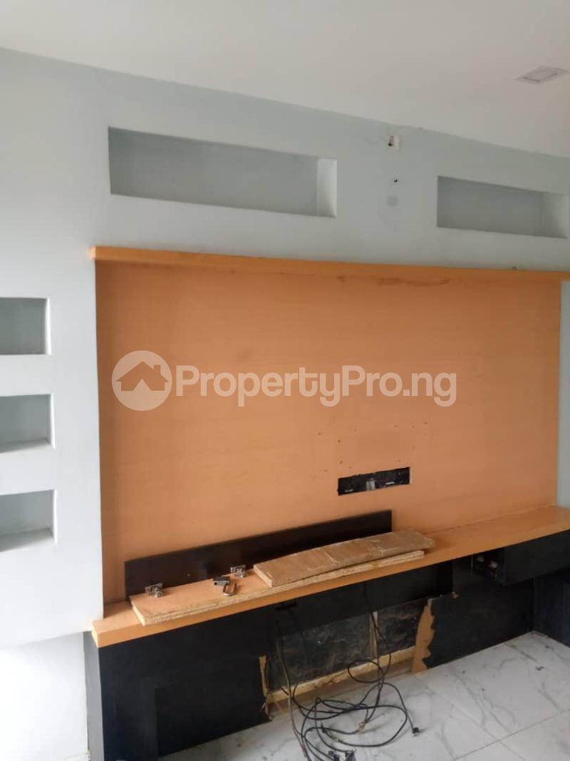 3 bedroom Flat / Apartment for rent Atunrase Medina Gbagada Lagos - 1