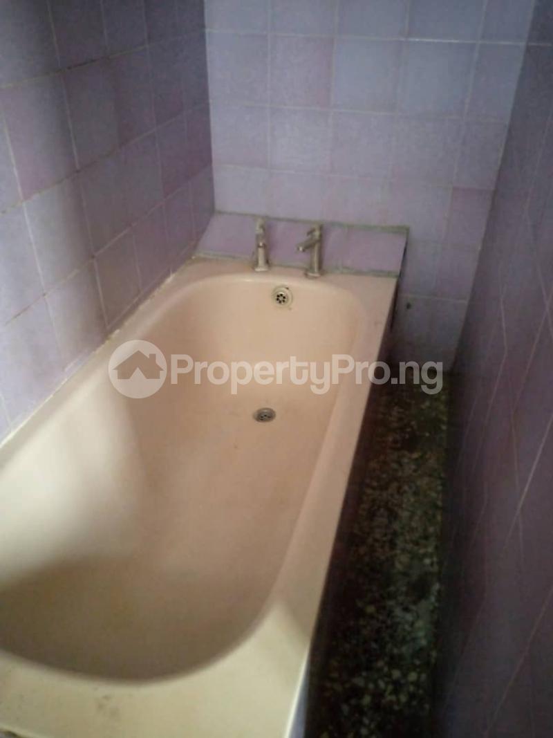 3 bedroom Flat / Apartment for rent Atunrase Medina Gbagada Lagos - 13