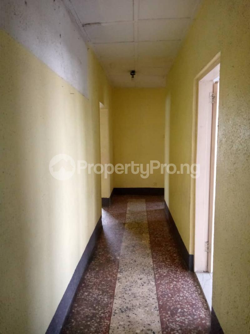 3 bedroom Flat / Apartment for rent Atunrase Medina Gbagada Lagos - 8