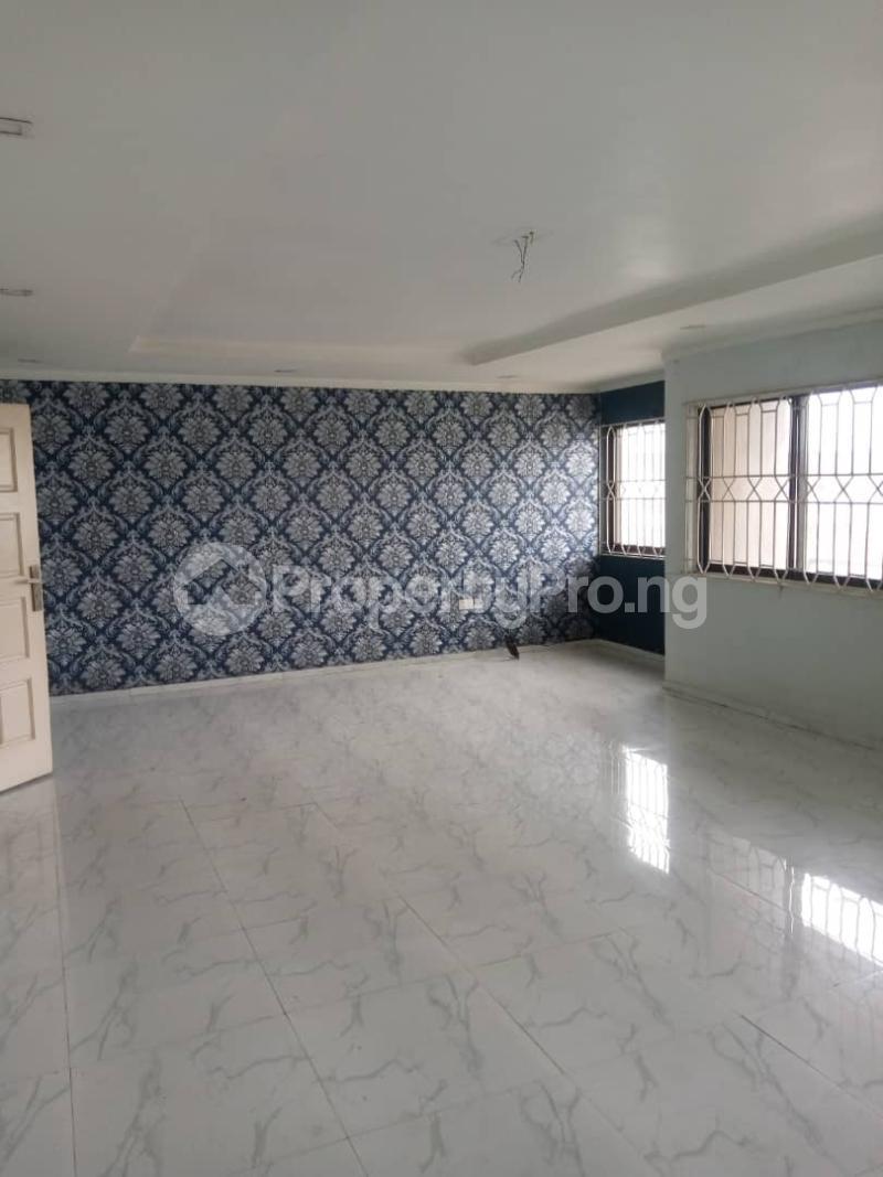 3 bedroom Flat / Apartment for rent Atunrase Medina Gbagada Lagos - 0