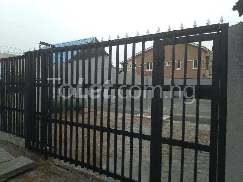 8 bedroom Land for rent Surulere Ogunlana Surulere Lagos - 1