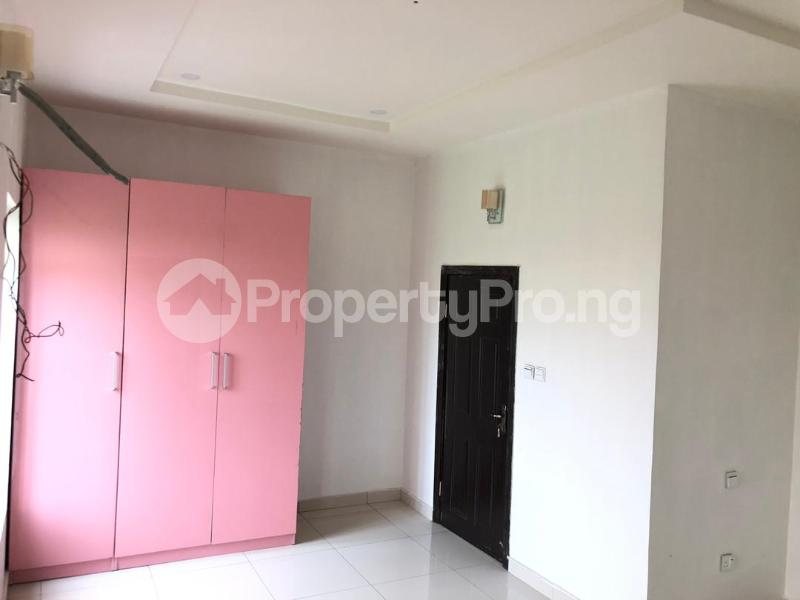 4 bedroom Detached Duplex House for sale ilaje mobil road VGC Lekki Lagos - 4
