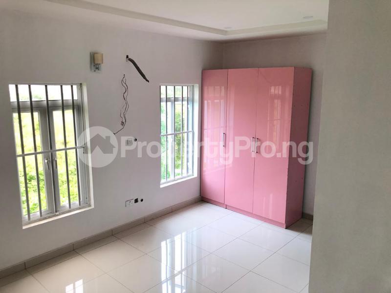 4 bedroom Detached Duplex House for sale ilaje mobil road VGC Lekki Lagos - 7