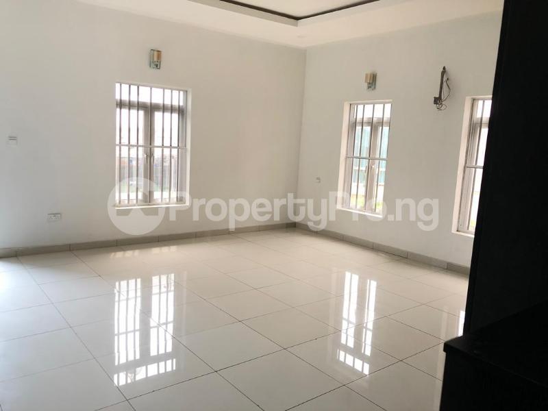 4 bedroom Detached Duplex House for sale ilaje mobil road VGC Lekki Lagos - 13