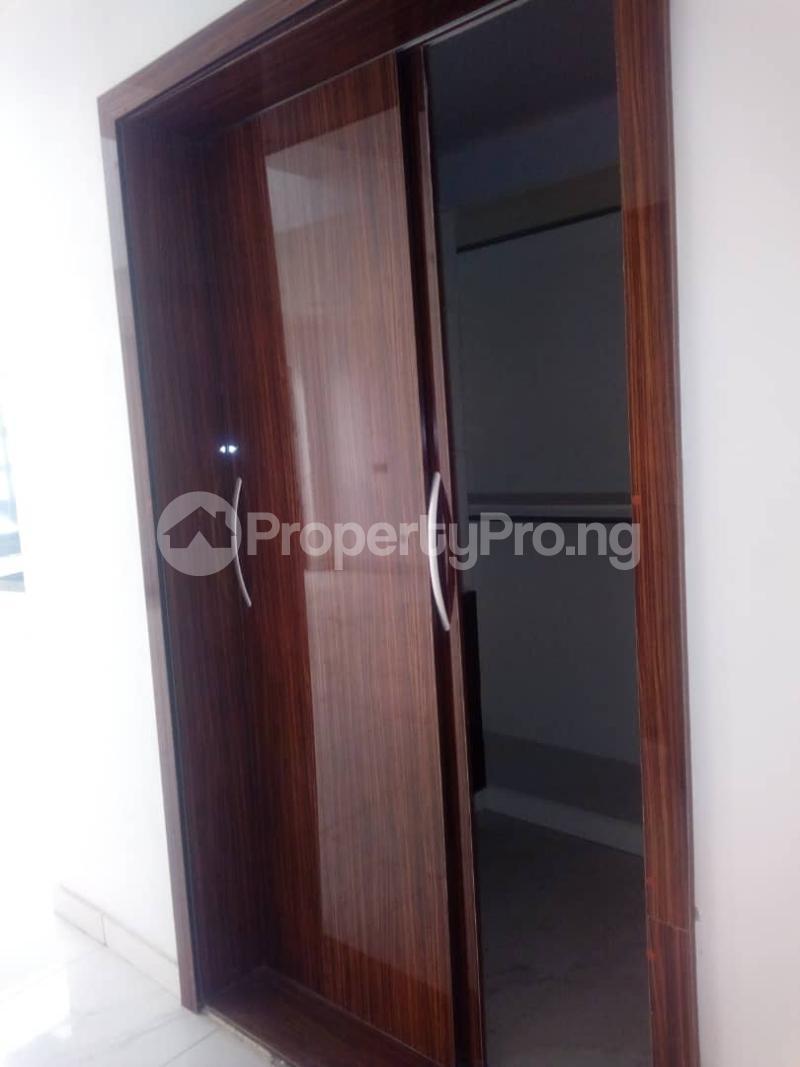 6 bedroom Detached Duplex House for rent ----- Lekki Phase 1 Lekki Lagos - 11