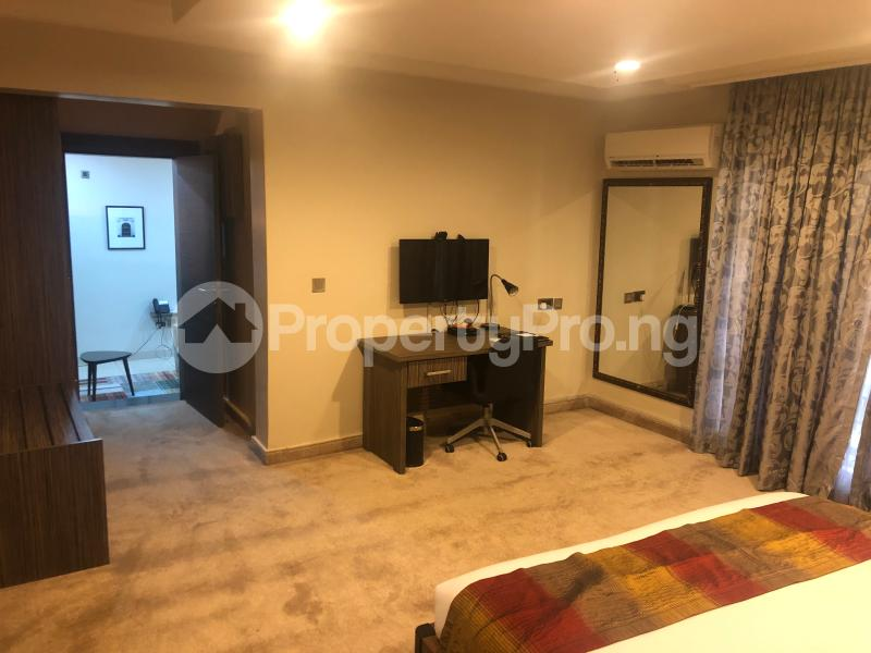 1 bedroom Studio Apartment for shortlet   Wuse 2 Abuja - 10