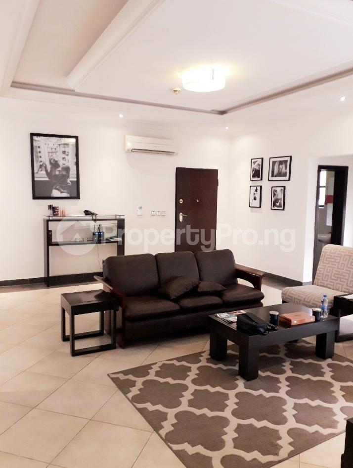 3 bedroom Flat / Apartment for rent Banana Island Road  Banana Island Ikoyi Lagos - 8