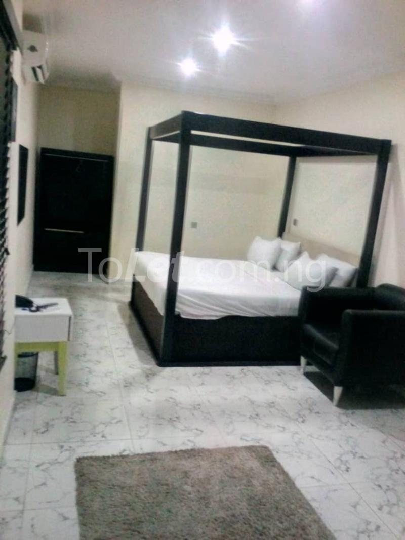 3 bedroom Flat / Apartment for shortlet G.R.A Benin City  Central Edo - 1