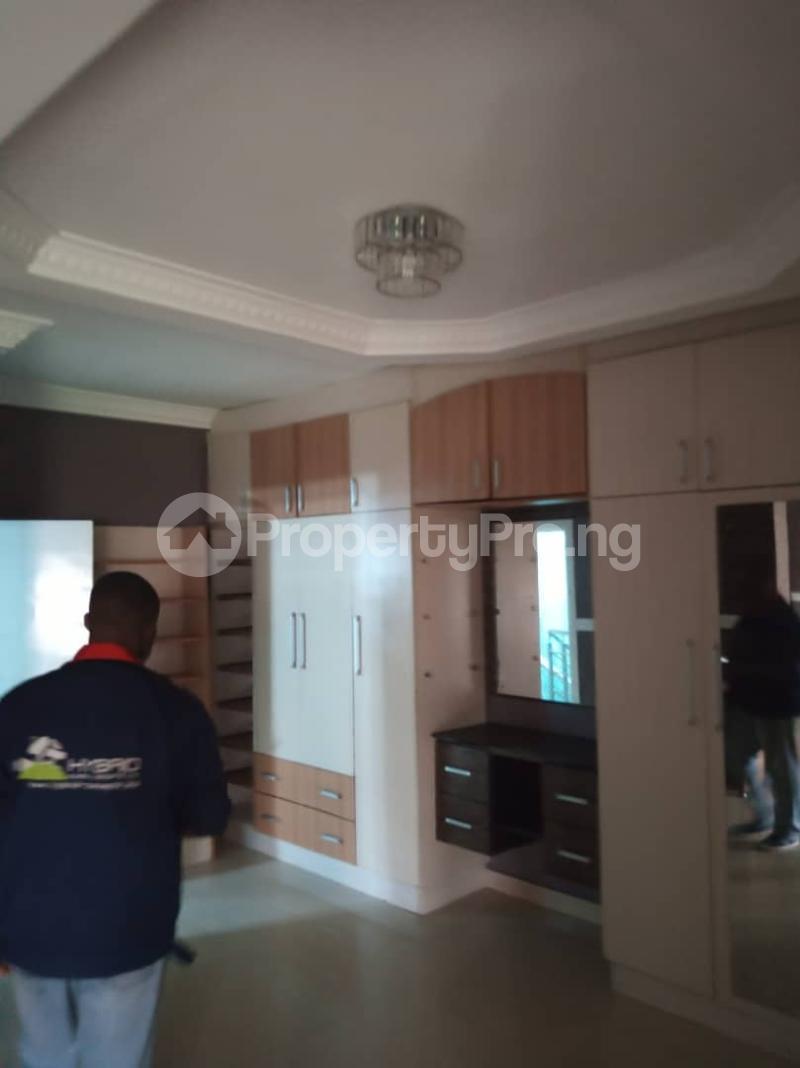 5 bedroom Terraced Duplex for rent Jacob Mews Estate Alagomeji Yaba Alagomeji Yaba Lagos - 28