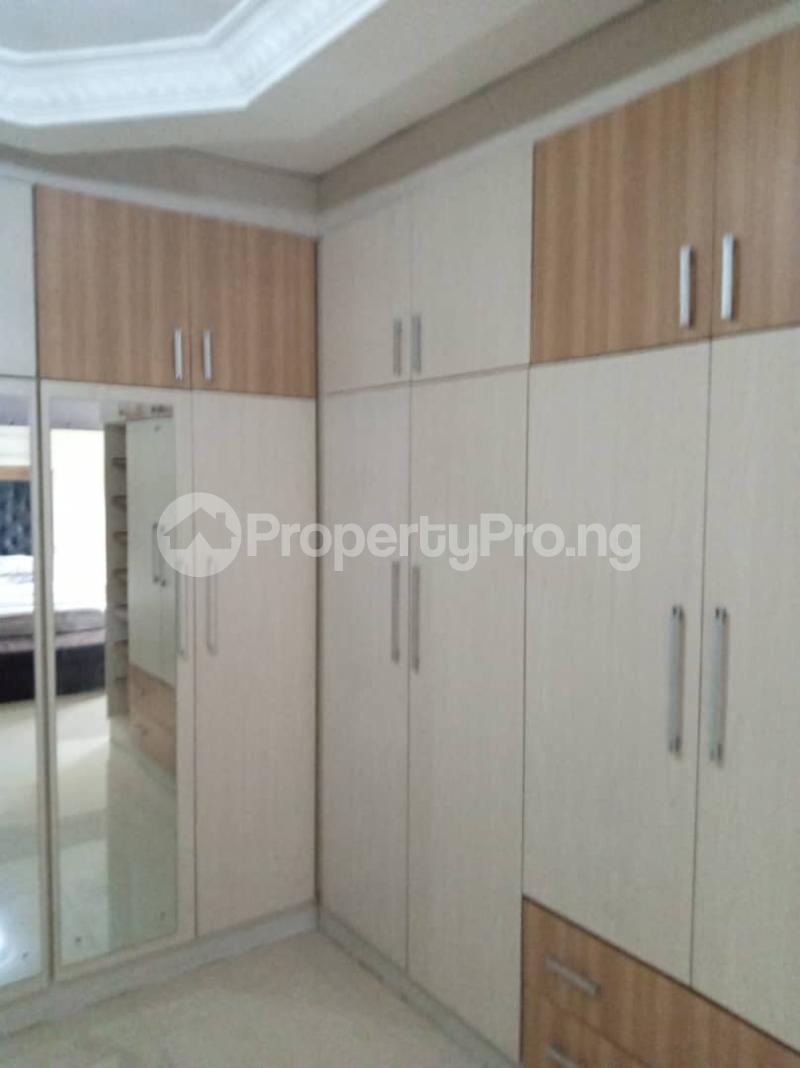 5 bedroom Terraced Duplex for rent Jacob Mews Estate Alagomeji Yaba Alagomeji Yaba Lagos - 38