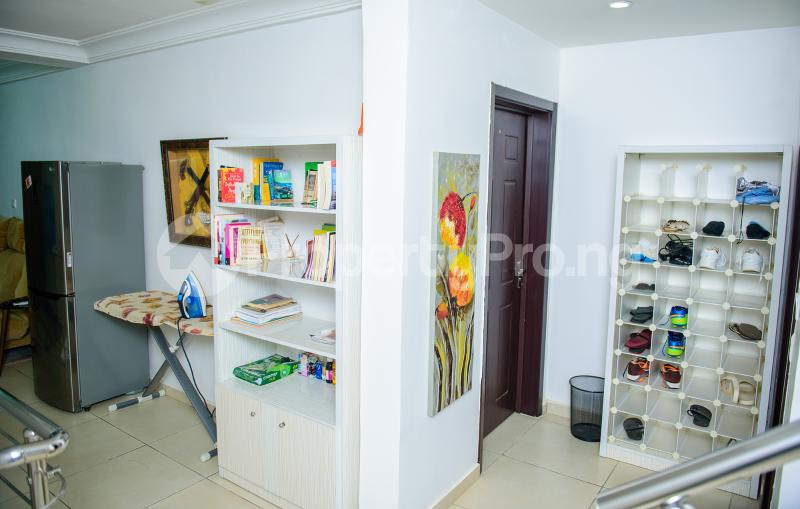 4 bedroom Semi Detached Duplex for shortlet Brains & Hammers Estate Life Camp Abuja - 10