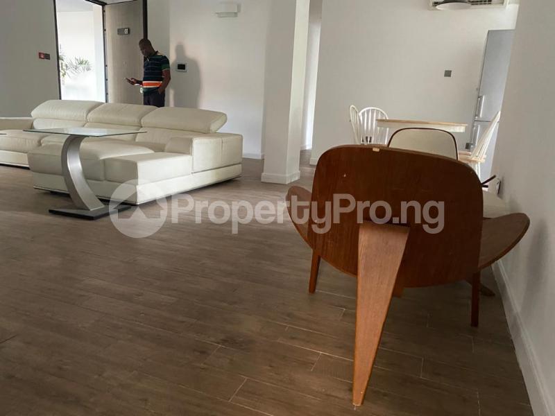 3 bedroom Flat / Apartment for rent Ikeja Gra Mobolaji Bank Anthony Way Ikeja Lagos Mobolaji Bank Anthony Way Ikeja Lagos - 8