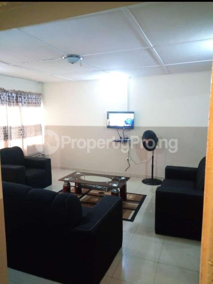 3 bedroom Blocks of Flats for rent Old Ife Road Ibadan Oyo - 2