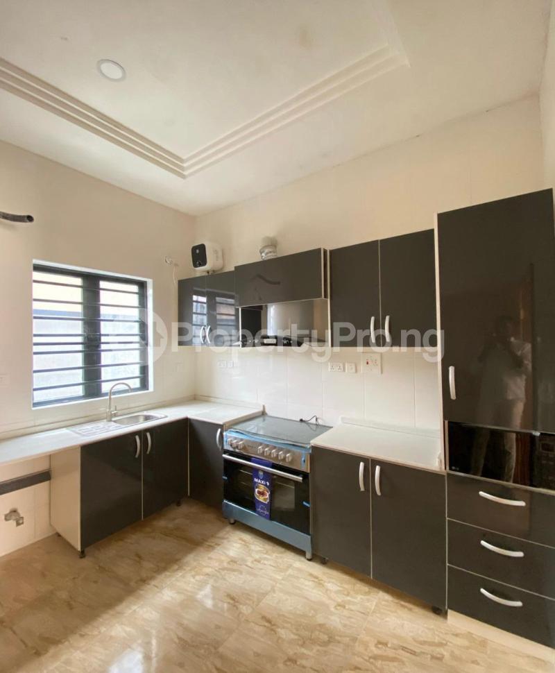 2 bedroom Mini flat Flat / Apartment for sale Jakande Lekki Lagos - 2