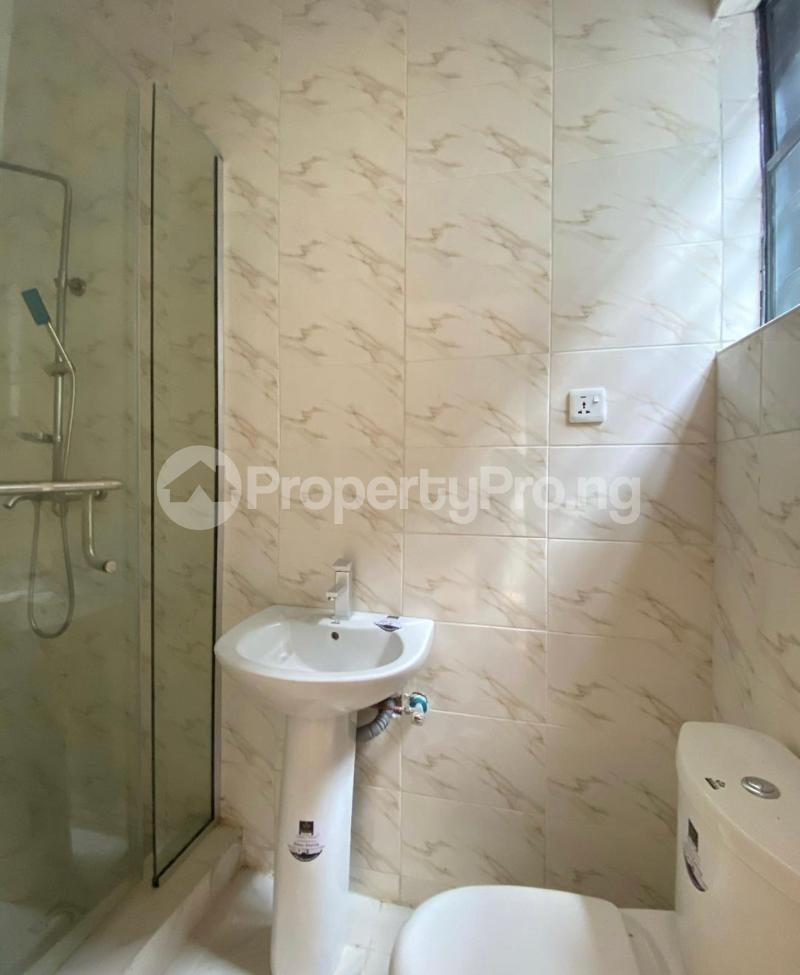 2 bedroom Mini flat Flat / Apartment for sale Jakande Lekki Lagos - 4