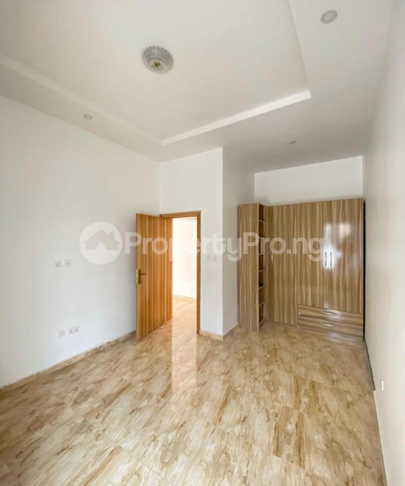 2 bedroom Mini flat Flat / Apartment for sale Jakande Lekki Lagos - 3