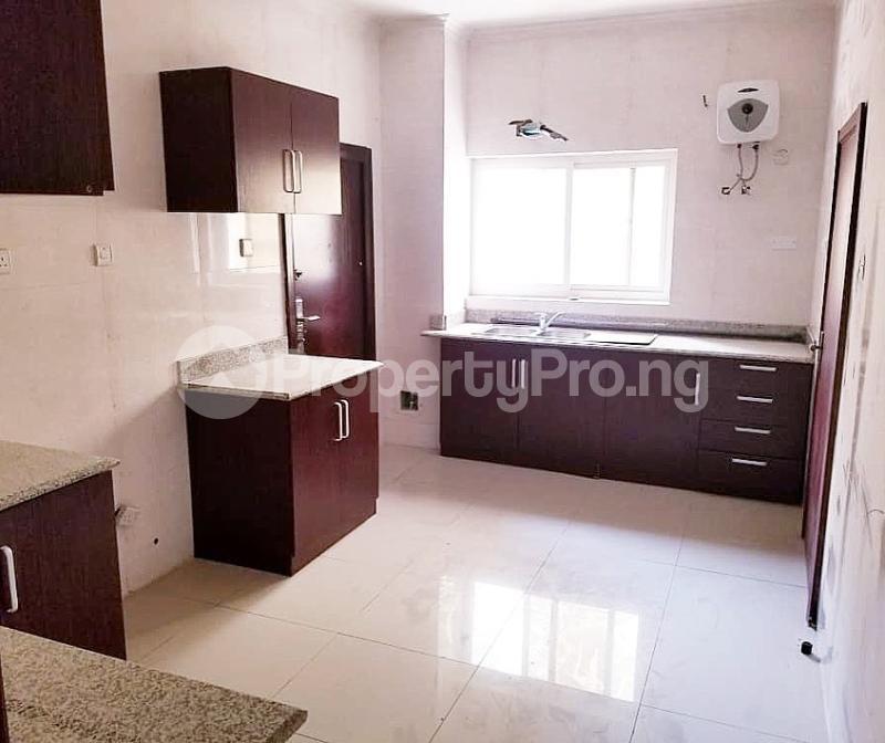 3 bedroom Flat / Apartment for sale Bourdillon court, chevron Lekki Lagos - 8