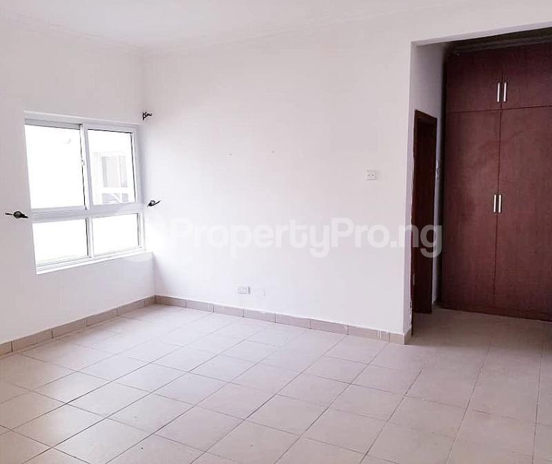 3 bedroom Flat / Apartment for sale Bourdillon court, chevron Lekki Lagos - 3