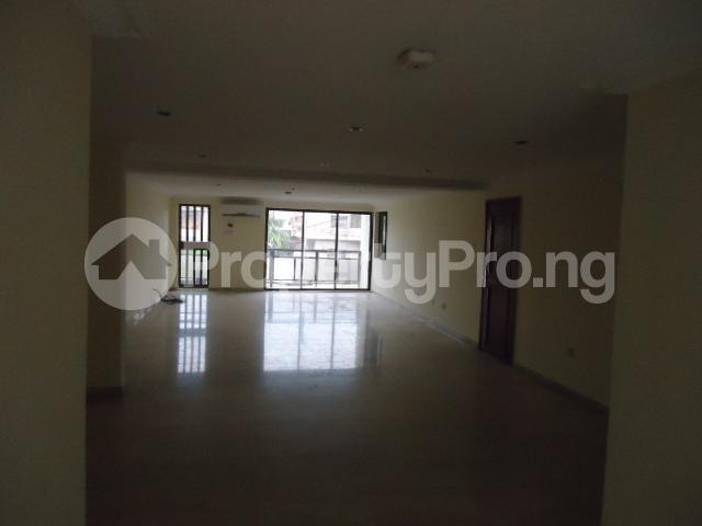 3 bedroom Flat / Apartment for rent Off Ajose Adeogun Behind Zenith Bank Head office Ademola Adetokunbo Victoria Island Lagos - 1