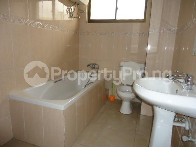3 bedroom Flat / Apartment for rent Off Ajose Adeogun Behind Zenith Bank Head office Ademola Adetokunbo Victoria Island Lagos - 2
