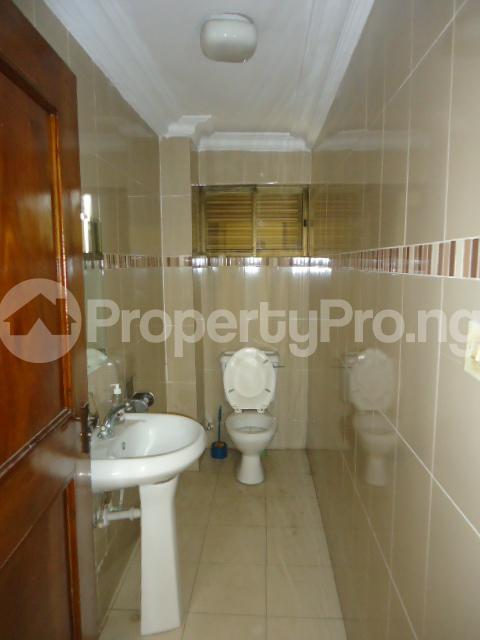 3 bedroom Flat / Apartment for rent Off Ajose Adeogun Behind Zenith Bank Head office Ademola Adetokunbo Victoria Island Lagos - 8