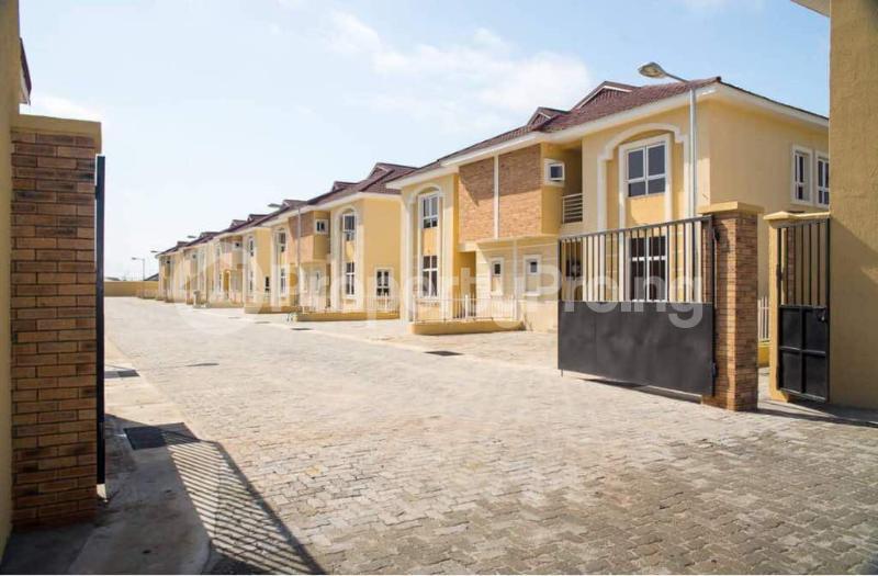 4 bedroom Semi Detached Duplex House for sale Alperton Estate, Osapa london Lekki Lagos - 2