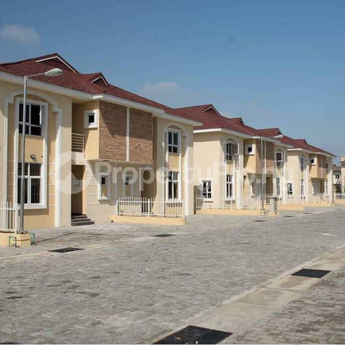 4 bedroom Semi Detached Duplex House for sale Alperton Estate, Osapa london Lekki Lagos - 9