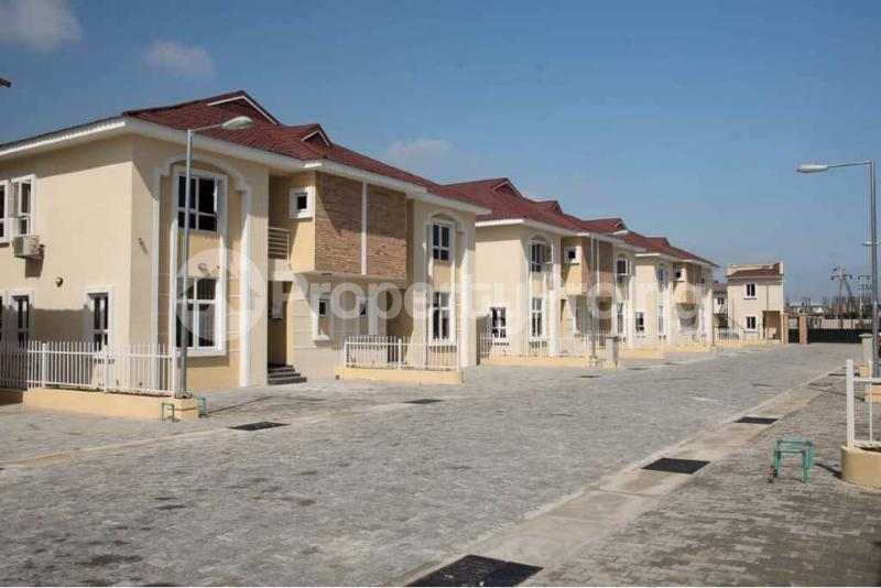 4 bedroom Semi Detached Duplex House for sale Alperton Estate, Osapa london Lekki Lagos - 3