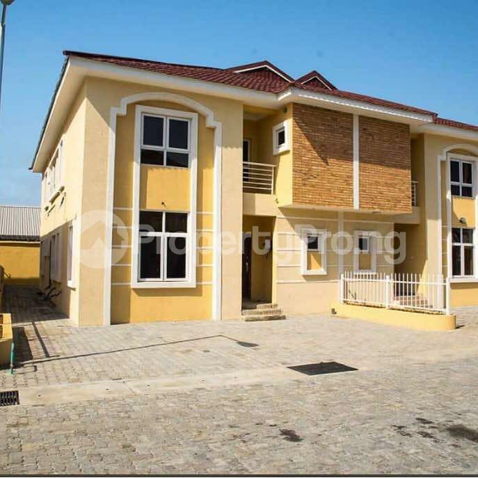 4 bedroom Semi Detached Duplex House for sale Alperton Estate, Osapa london Lekki Lagos - 4