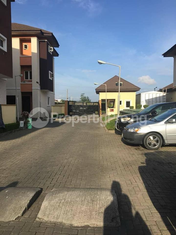 4 bedroom Terraced Duplex House for rent Yetville estate Ikate Ikate Lekki Lagos - 0