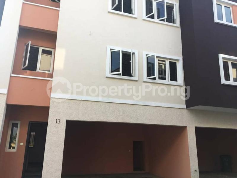 4 bedroom Terraced Duplex House for rent Yetville estate Ikate Ikate Lekki Lagos - 3