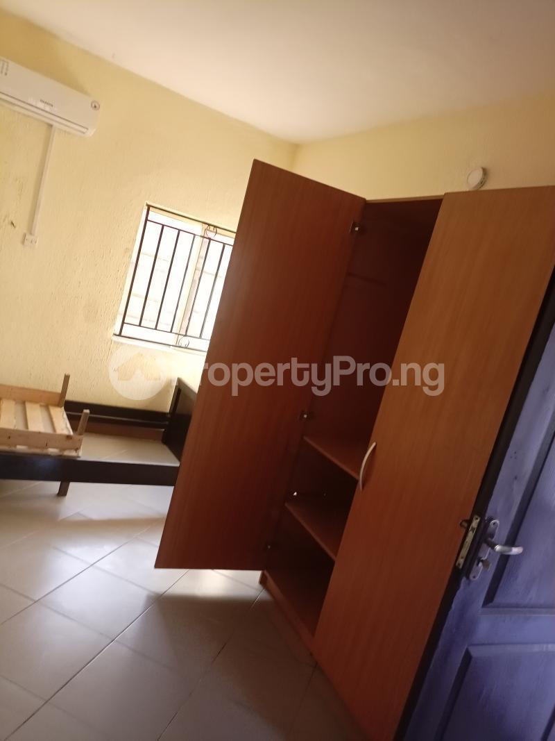 1 bedroom Self Contain for rent Onike Yaba Onike Yaba Lagos - 4