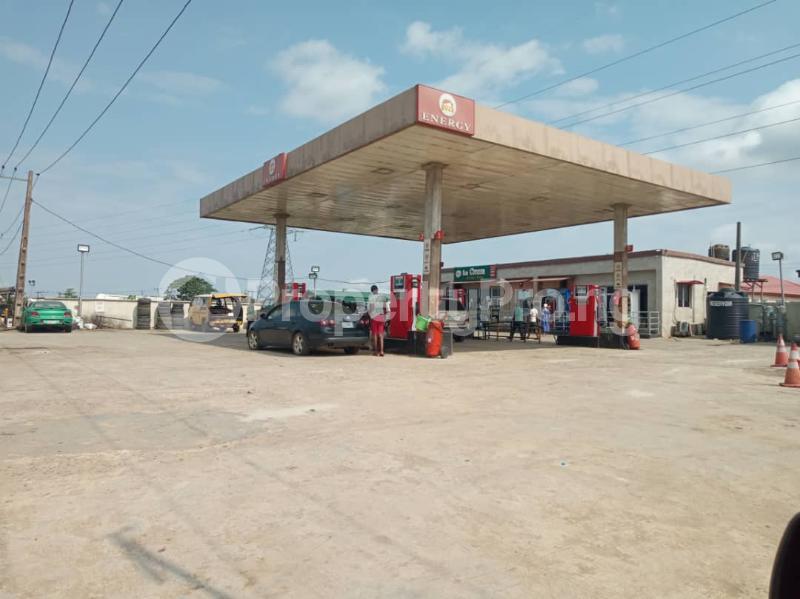 Tank Farm for sale Is At Irawo Immediately After Owode Onirin On Ikorodu Road Mile 12 Kosofe/Ikosi Lagos - 3