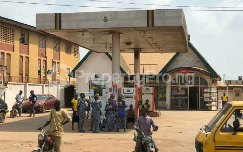 Tank Farm for sale Sagamu Road Ikorodu Ikorodu Lagos - 3