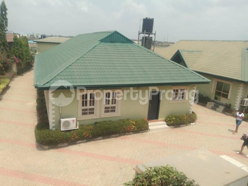 10 bedroom Hotel/Guest House Commercial Property for sale Behind Leed city university soka Ibadan  Ibadan Oyo - 10