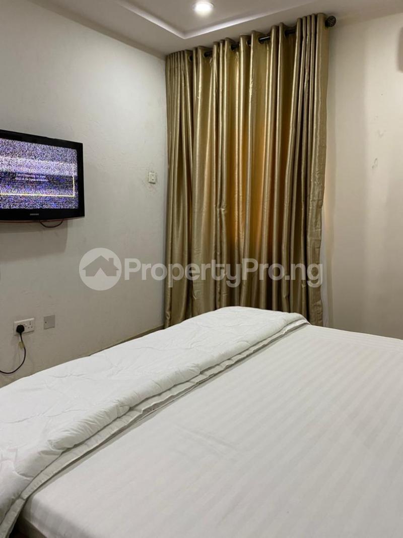 2 bedroom Flat / Apartment for shortlet Magodo Magodo Kosofe/Ikosi Lagos - 4