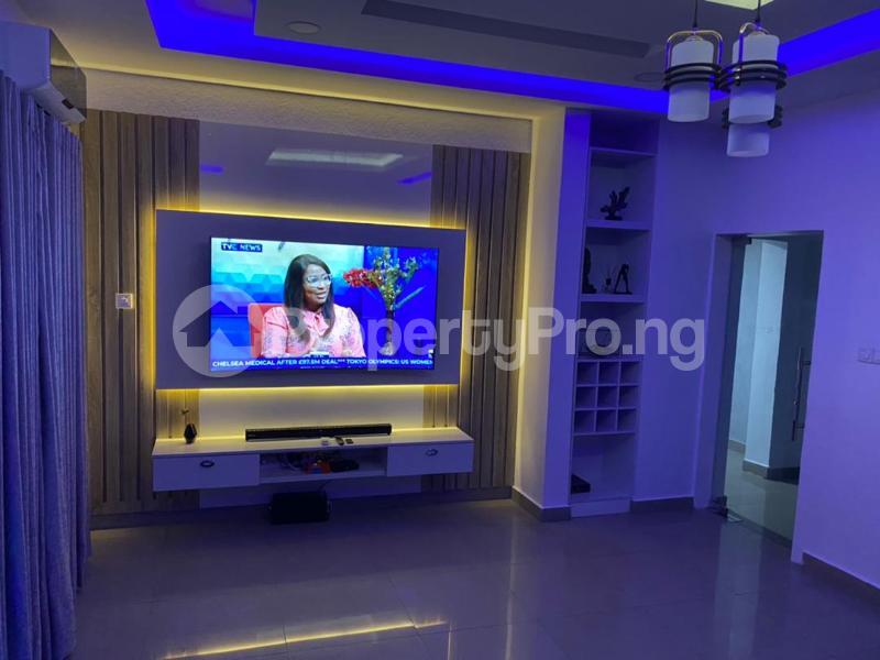 5 bedroom Detached Duplex for shortlet Magodo Magodo GRA Phase 1 Ojodu Lagos - 0
