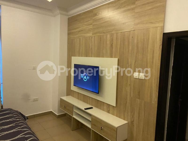 5 bedroom Detached Duplex for shortlet Magodo Magodo GRA Phase 1 Ojodu Lagos - 3