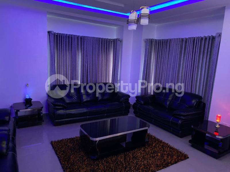 5 bedroom Detached Duplex for shortlet Magodo Magodo GRA Phase 1 Ojodu Lagos - 1