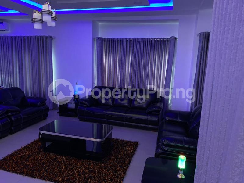 5 bedroom Detached Duplex for shortlet Magodo Magodo GRA Phase 1 Ojodu Lagos - 2