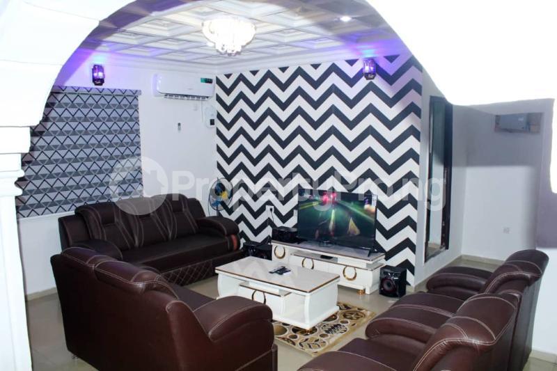 3 bedroom Detached Bungalow for shortlet Icast Area, Elebu Akala Express Ibadan Oyo - 4