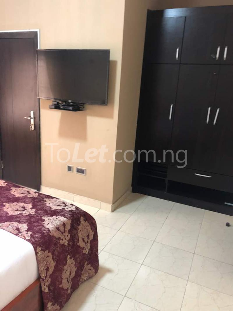 2 bedroom Flat / Apartment for shortlet By Lagos Business School Ajah Lagos - 3
