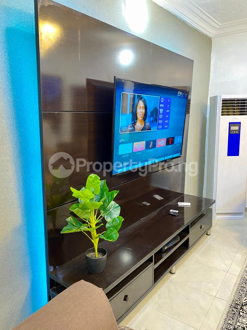 2 bedroom Mini flat Flat / Apartment for shortlet Wuse, Zone6 Wuse 2 Abuja - 4