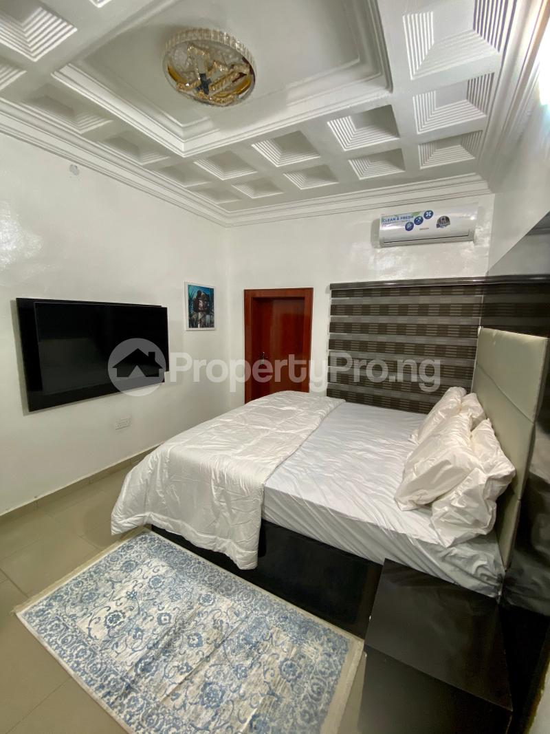 2 bedroom Mini flat Flat / Apartment for shortlet Wuse, Zone6 Wuse 2 Abuja - 12