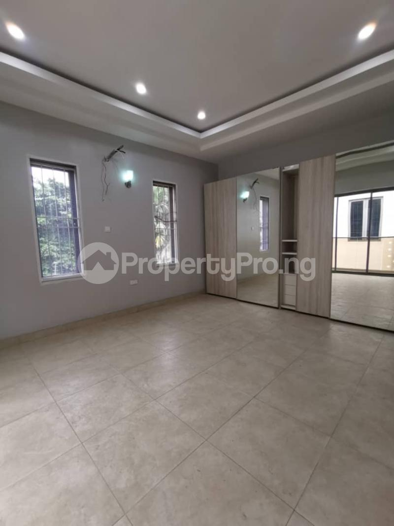 4 bedroom Terraced Duplex for rent Off Bourdillon Road Ikoyi Lagos - 5